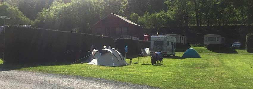 Kampeerplaats in de Belgische Ardennen op camping Polleur