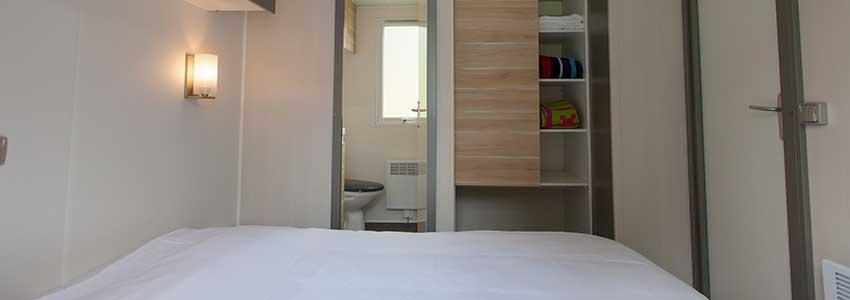 Extra comfort in de Chalet exclusive met slaapkamer met badkamer ensuite