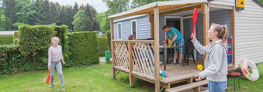 Chalet met overdekt terras voor 4 personen op camping Polleur