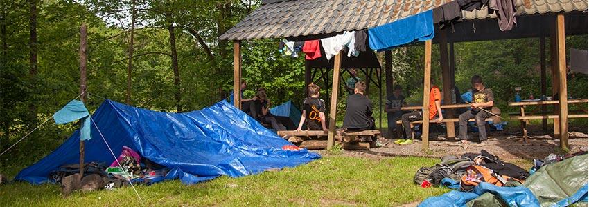 Back to basic met een verblijf op ons bivakterrein met kampvuurplaats